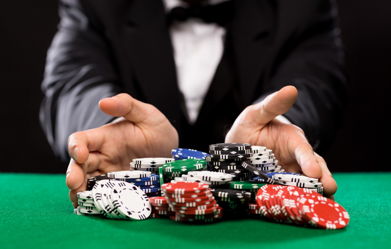 Poker Tips It's Easy If You Happen To Do It Sensible